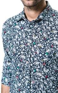 http://www.zara.com/es/es/hombre/camisas/camisa-estampada-flores-c436268p1275006.html