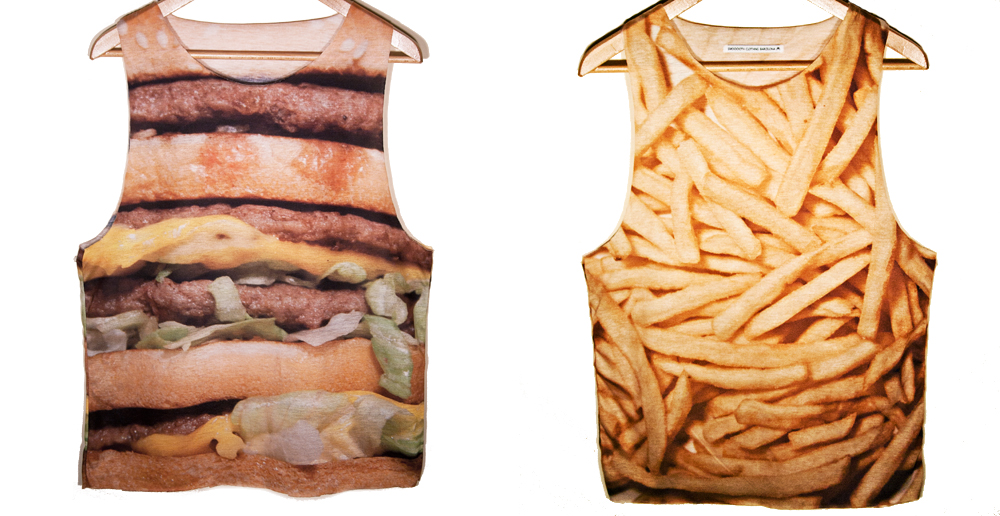 Camisetas Burger and Chips, también disponibles en jerseyes o Jumpers (www.smoooothclothing.com).