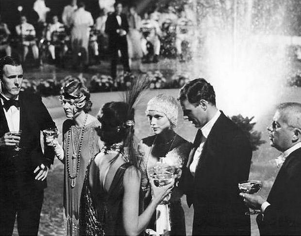 Fotografía de una fiesta en de los años 20. (Procedencia desconocida).