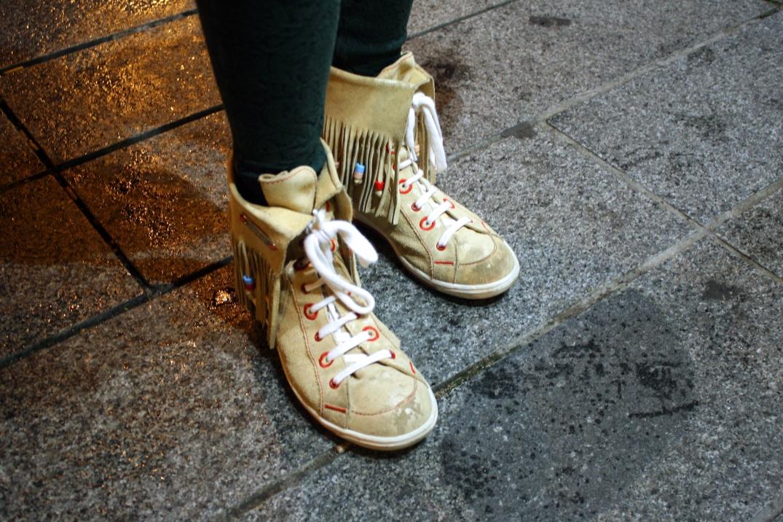 Botas de Miss Sixty en el Outfit de Loyola Santorromán. Fotografía Ismael Pérez Arana. TComplementa.com