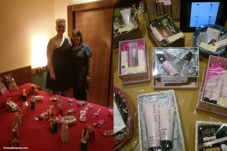 Silvia Egea y Garazi Aperribai posando junto a los productos de Mary Kay - Fotografía de Ismael Pérez Arana.